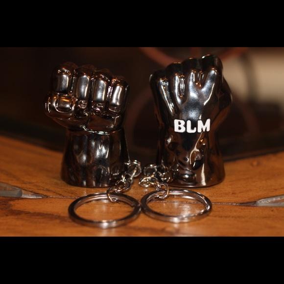 Other - BLM ✊🏿 Keychain